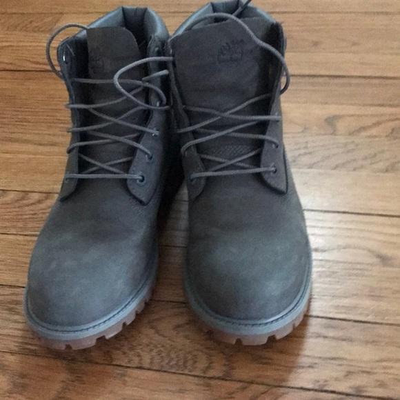 Dark gray Timberland Boots Women 8.5. M 5a4e74ef331627407c013e50 965931590a